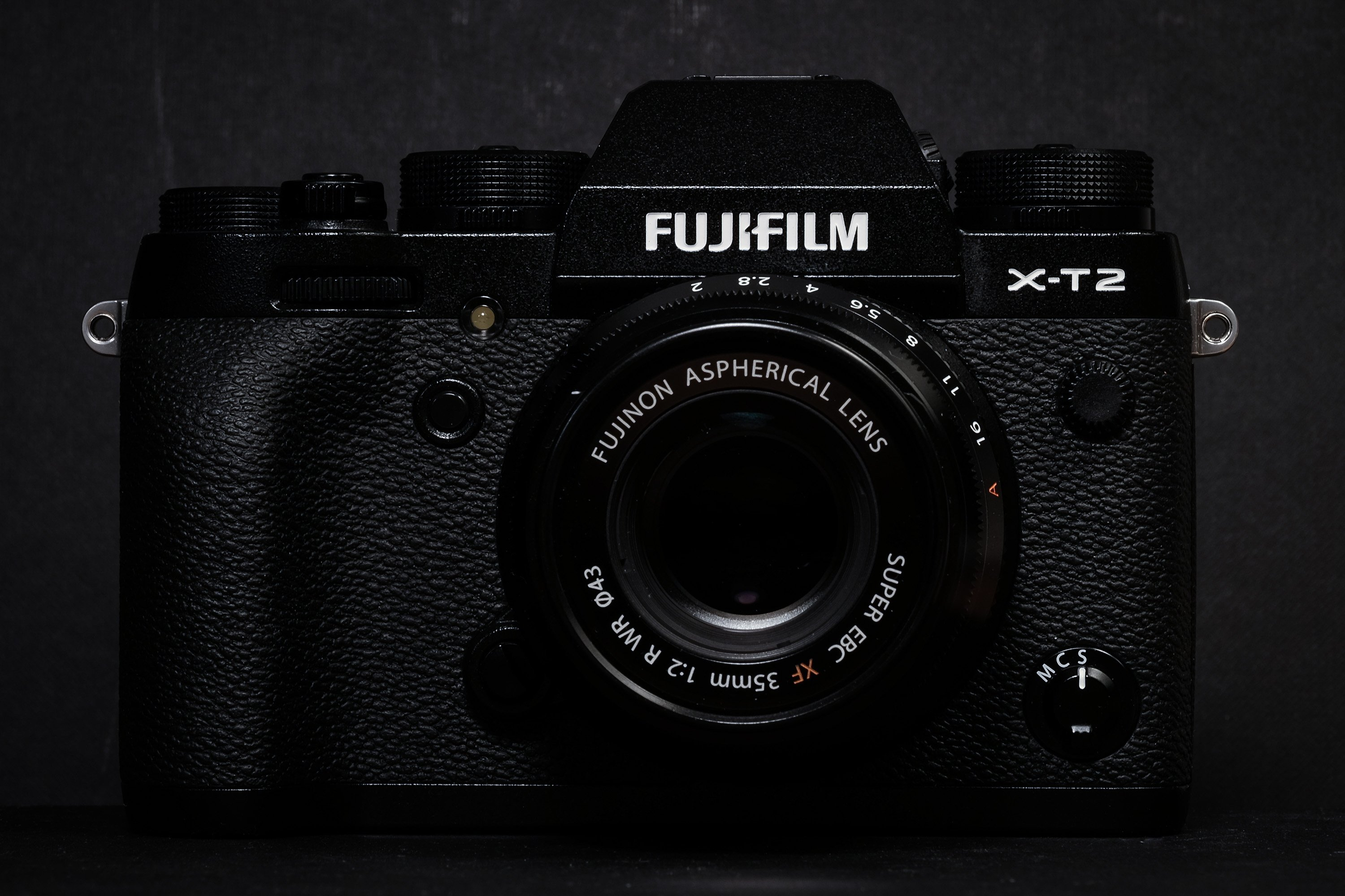 Luca Bracali Gives the Fuji X-T2 a Spin